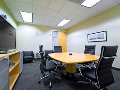 Photo of Office Space on Smith St Houston