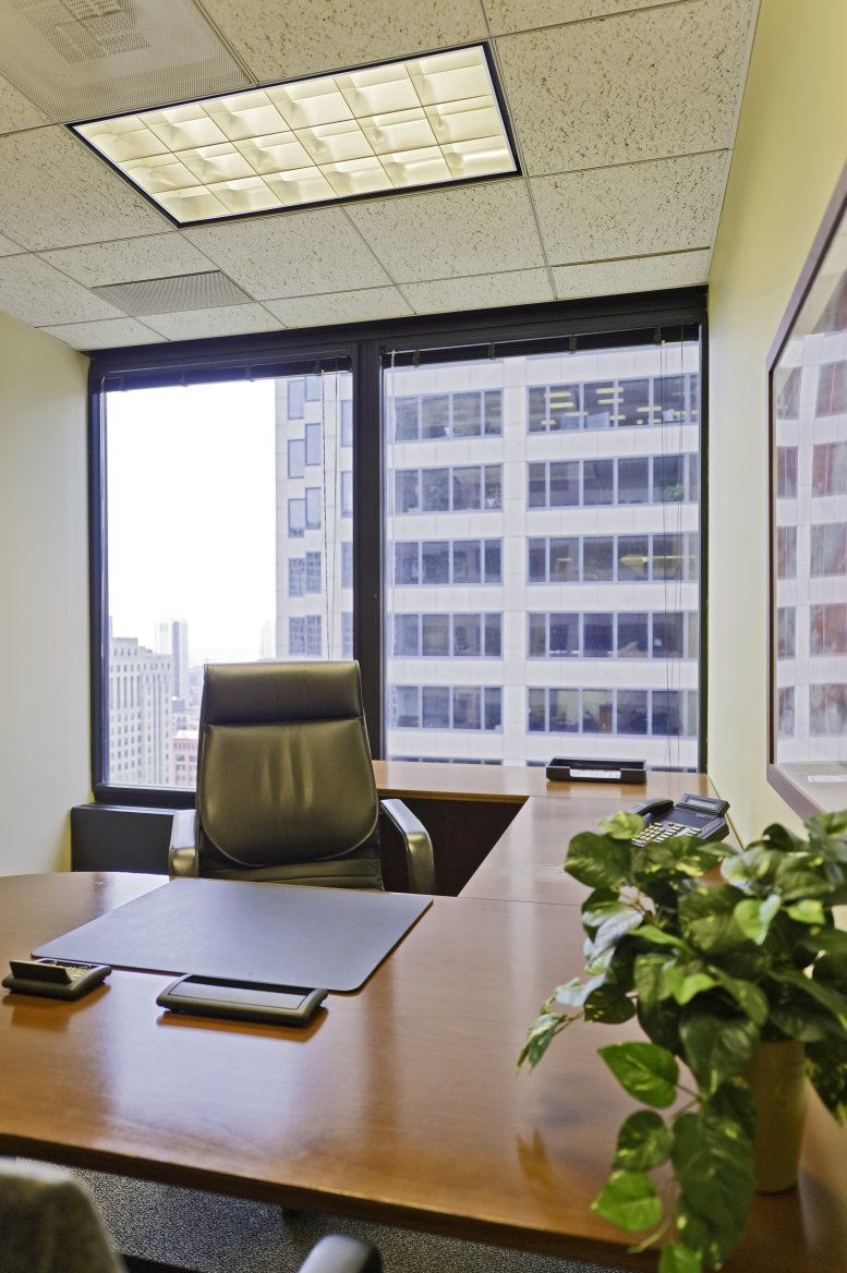 Chicago Mercantile Exchange Center, 30 S Wacker Dr, 22nd Fl, Downtown Office for Rent in Chicago