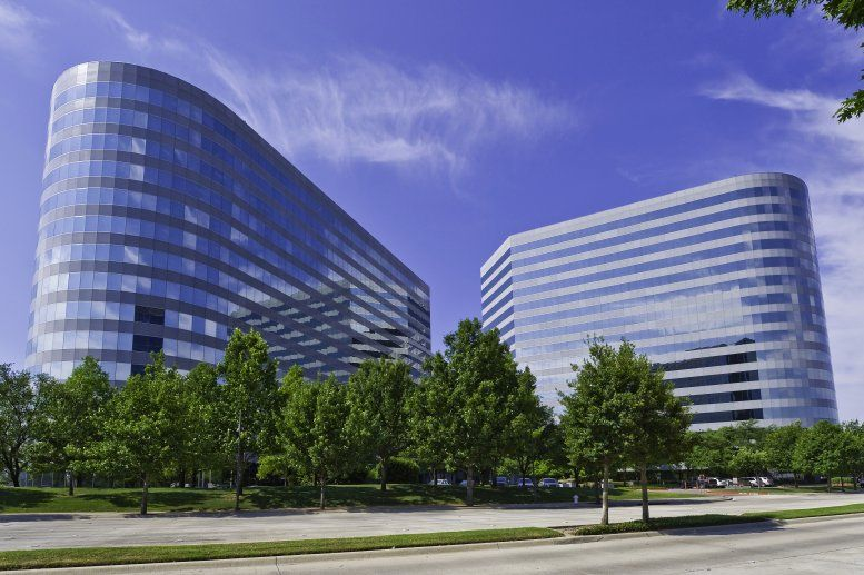 The Colonnade available for companies in Addison