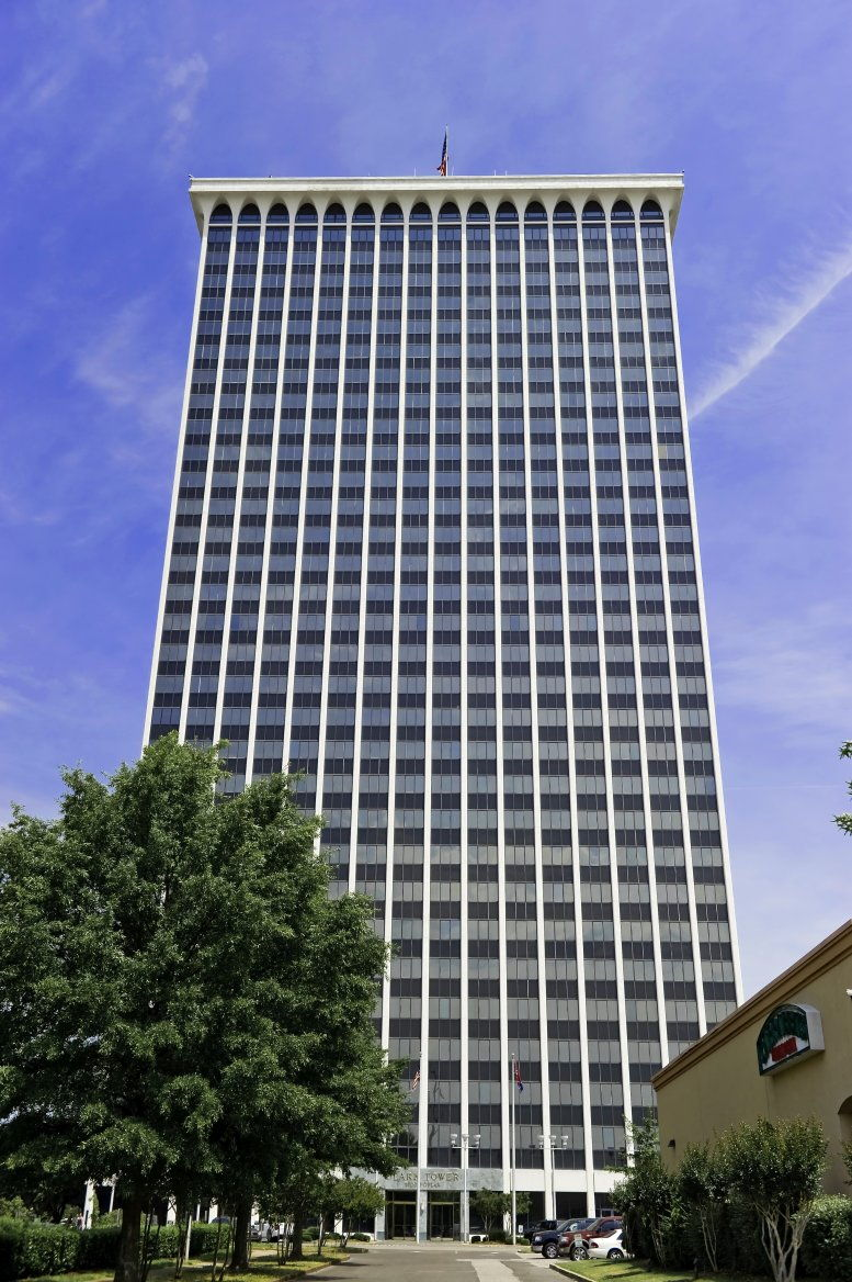 5100 Poplar Avenue available for companies in Memphis