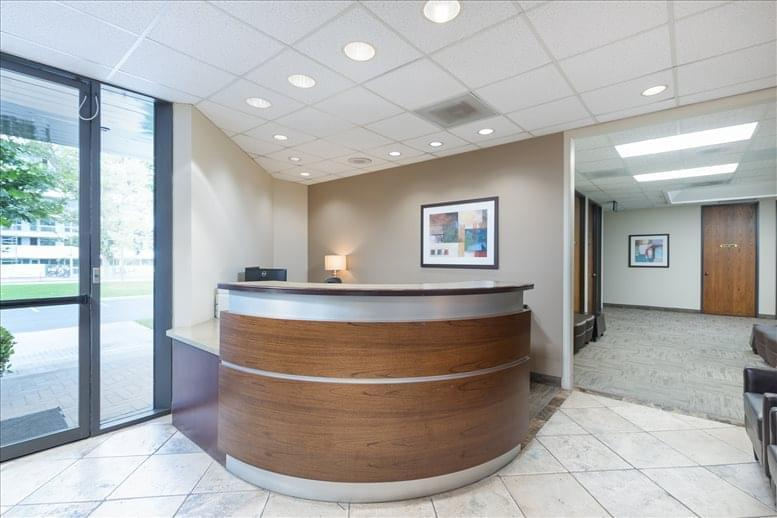 5020 Campus Dr Office Images