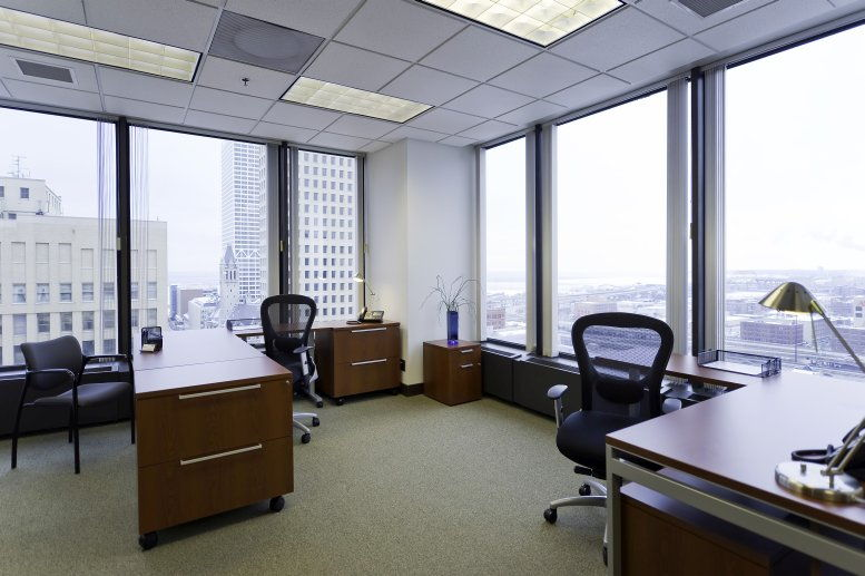 250 Plaza, 250 East Wisconsin Avenue, Downtown Office for Rent in Milwaukee