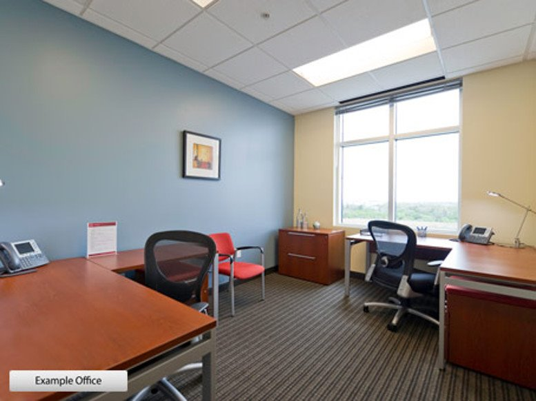 Picture of 12 Greenway Plaza, 11th Fl Office Space available in Houston
