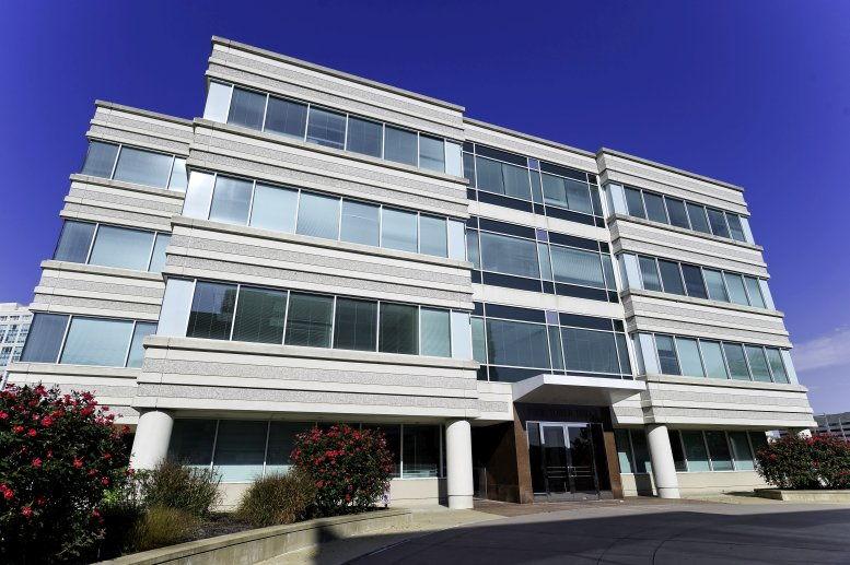 Four Tower Bridge, 200 Barr Harbor Dr Office Space - West Conshohocken