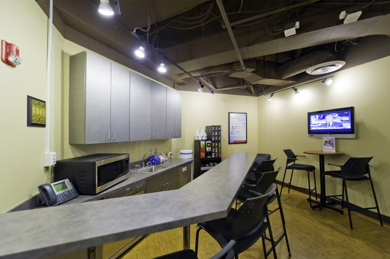 Photo of Office Space available to rent on Denver Place, 999 18th St, Denver