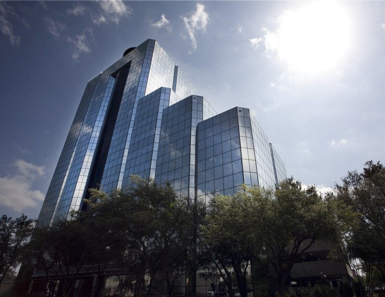 Highland Park Place, 4514 Cole Ave Office Space - Dallas