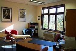 Photo of Office Space on 6 Way Road Middlefield