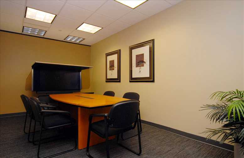 Office for Rent on Dominion Towers, 600 17th Street Denver