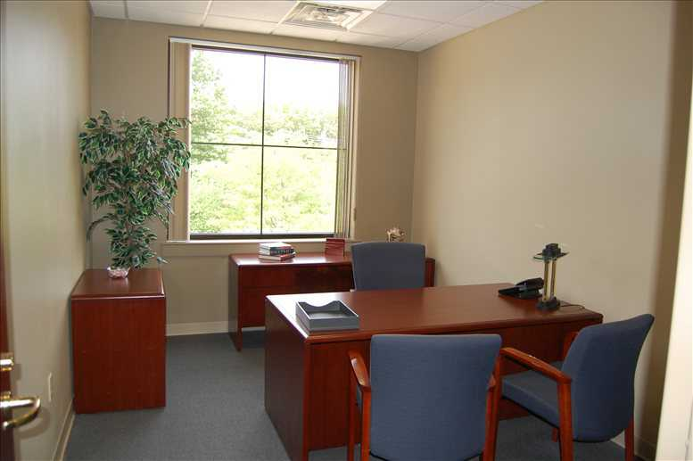 11427 Reed Hartman Hwy, Blue Ash Office Images