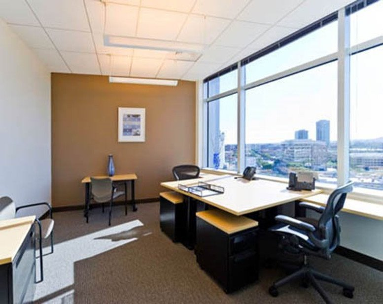 This is a photo of the office space available to rent on Hayden Ferry Lakeside, 60 E Rio Salado Pkwy