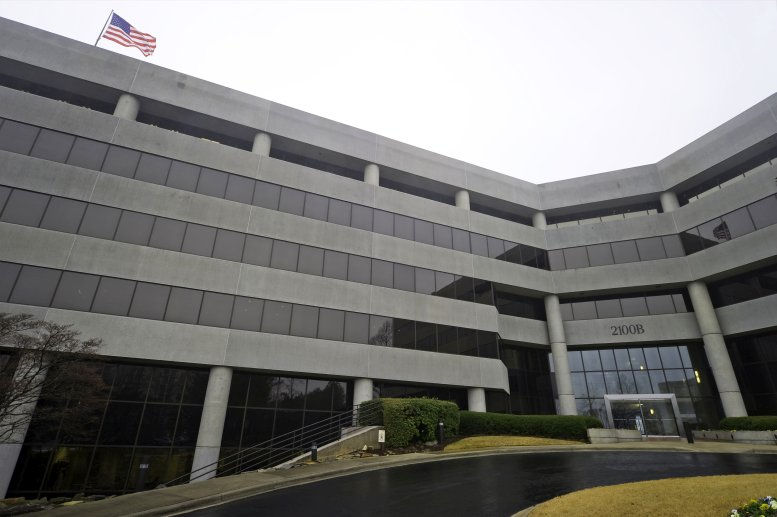 2100 SouthBridge Pkwy Office Space - Birmingham