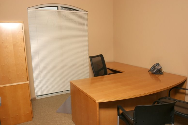 Office for Rent on 672 W. 11th Street Tracy
