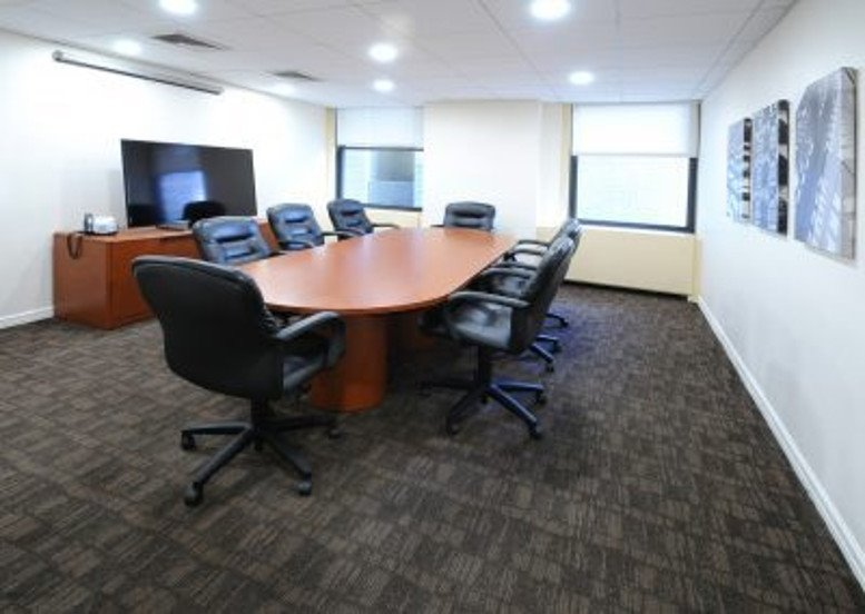 Photo of Office Space on 521 Fifth Avenue, Suite 1700 New York City