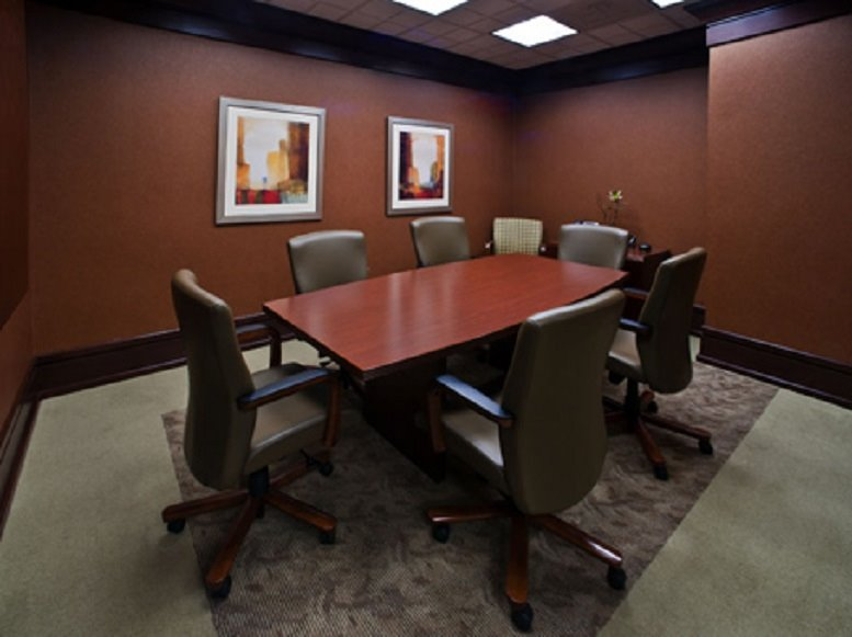 Photo of Office Space available to rent on Sterling Pointe, 303 Perimeter Center N, Dunwoody, Atlanta