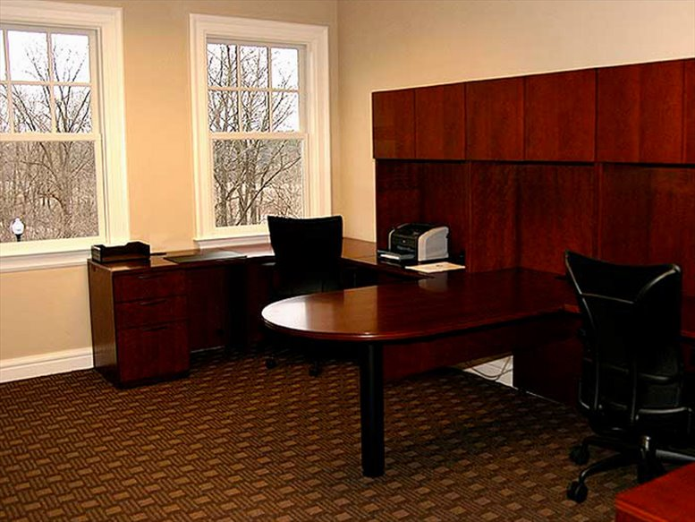 915 N. Michigan Avenue Office for Rent in Howell