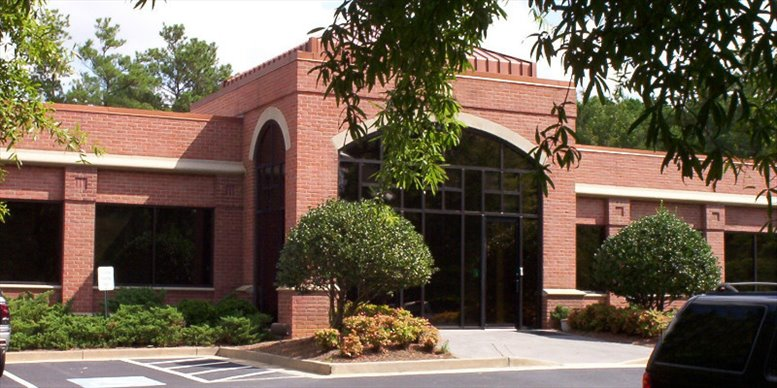 401 Westpark Court available for companies in Peachtree City