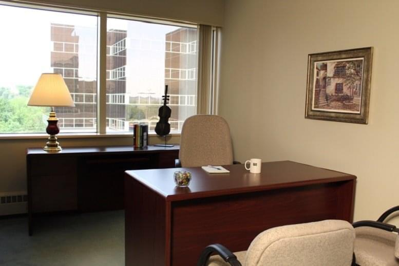 Picture of Crown Centre, 5005 Rockside Road, Independence Office Space available in Cleveland