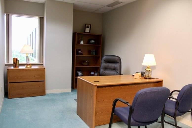 Office for Rent on Crown Centre, 5005 Rockside Road, Independence Cleveland