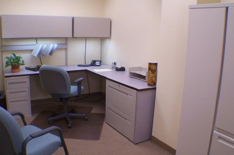 Picture of 1900 Polaris Pkwy Office Space available in Columbus