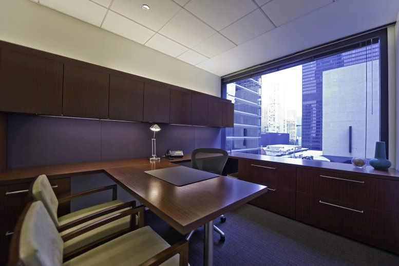 321 North Clark @ Riverfront Plaza, River North Office for Rent in Chicago
