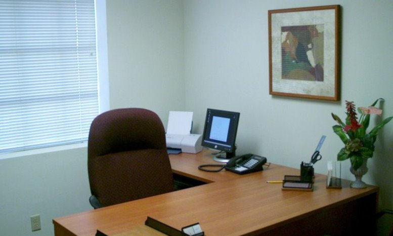 Crexent Business Center, 2881 E Oakland Park Blvd Office for Rent in Fort Lauderdale