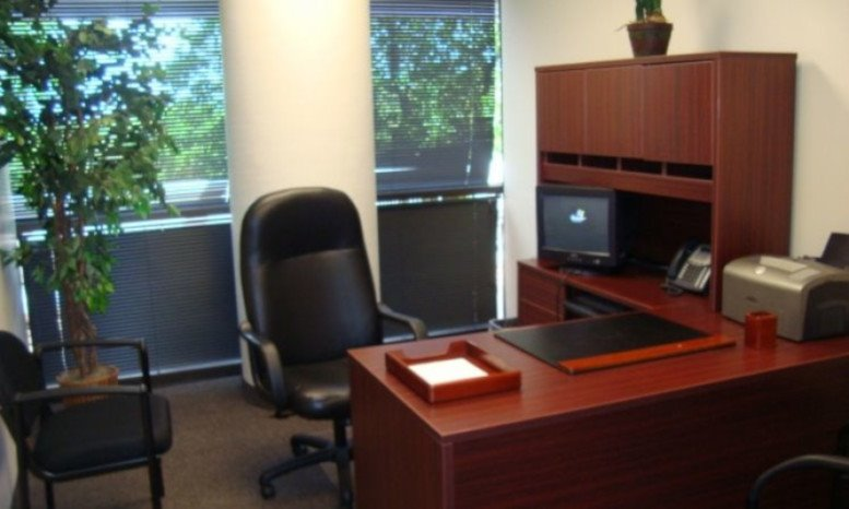 Picture of 6625 Miami Lakes Dr, Miami Lakes Office Space available in Miami