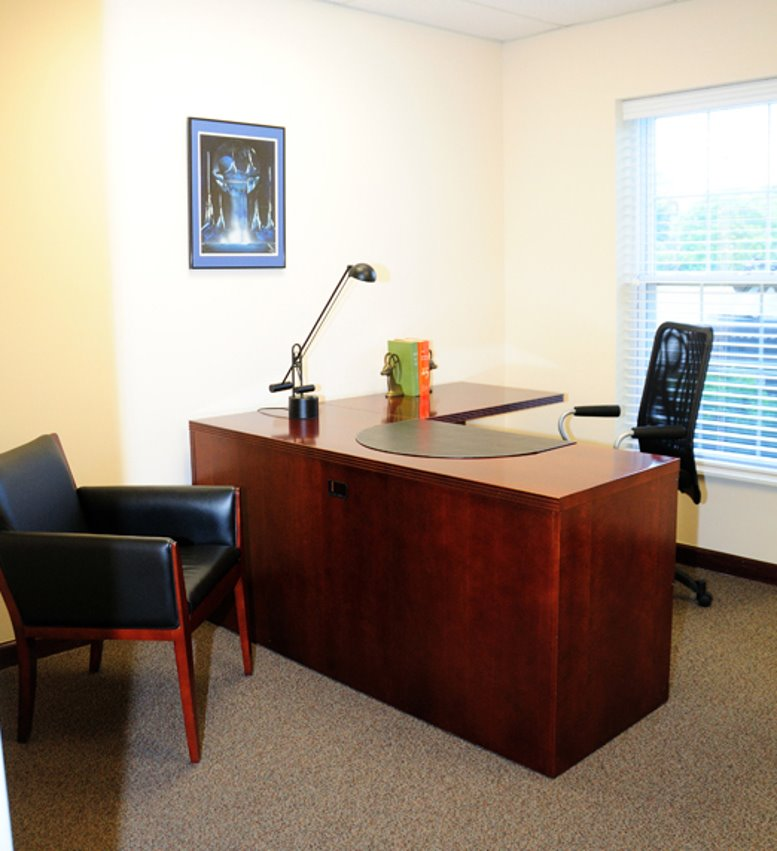 Photo of Office Space on 4889 Sawmill Rd Columbus
