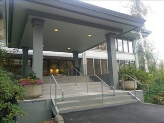 Photo of Office Space on Cedar Building, Bellefield Office Park,1400 112th Ave SE Bellevue