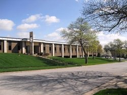 Clover Leaf Office Park available for companies in Overland Park