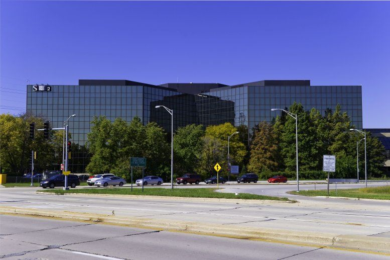 Old Orchard available for companies in Skokie