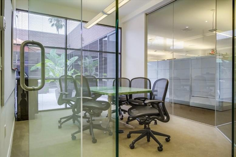 475 Washington Boulevard Office Images
