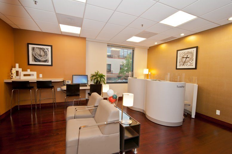 Picture of Country Club Plaza, 435 Nichols Rd, Plaza Area Office Space available in Kansas City