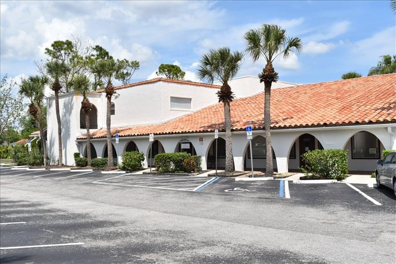 2431 Aloma Ave available for companies in Winter Park