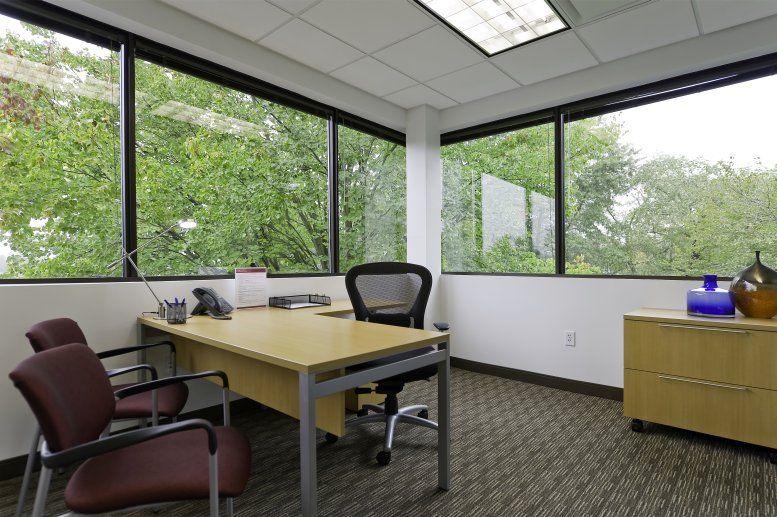Photo of Office Space on 100 Horizon Center Blvd Trenton