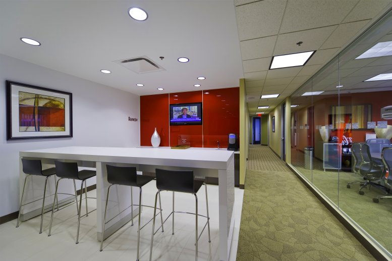 Photo of Office Space available to rent on HUB Tower, 699 Walnut St, 4th Fl, Downtown Des Moines, Des Moines