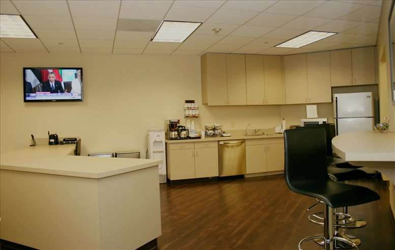 Office for Rent on SunAmerica Center, 1999 Avenue of The Stars Century City