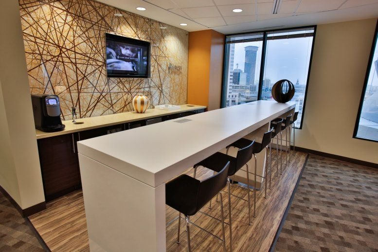 This is a photo of the office space available to rent on 1615 Poydras Street