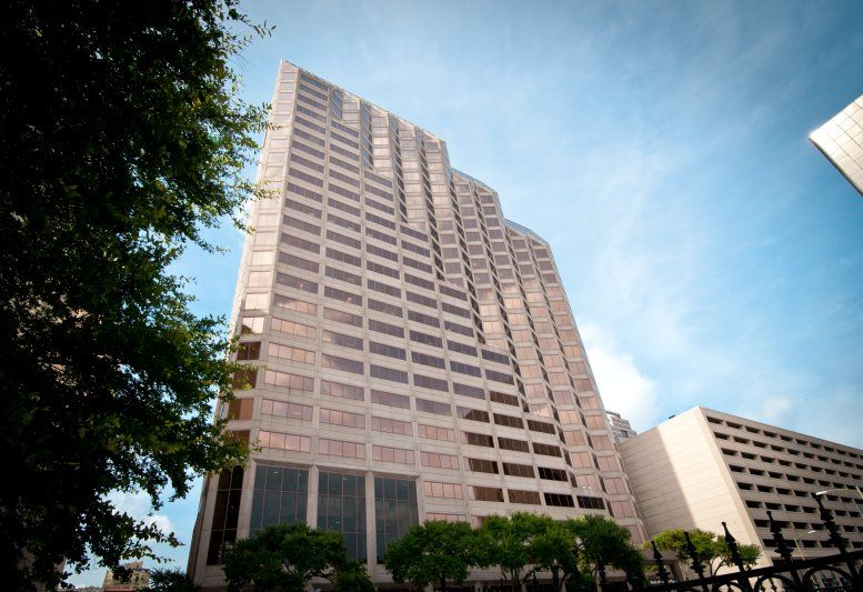 Bank of America Plaza available for companies in San Antonio