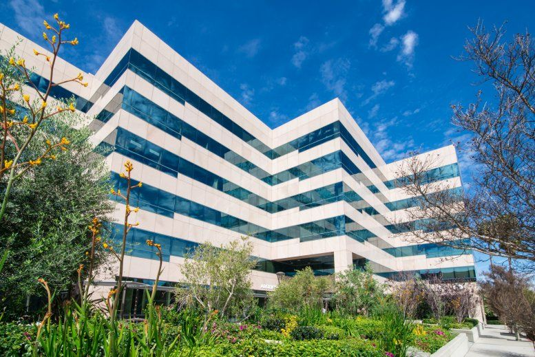 Encino Executive Plaza available for companies in Encino