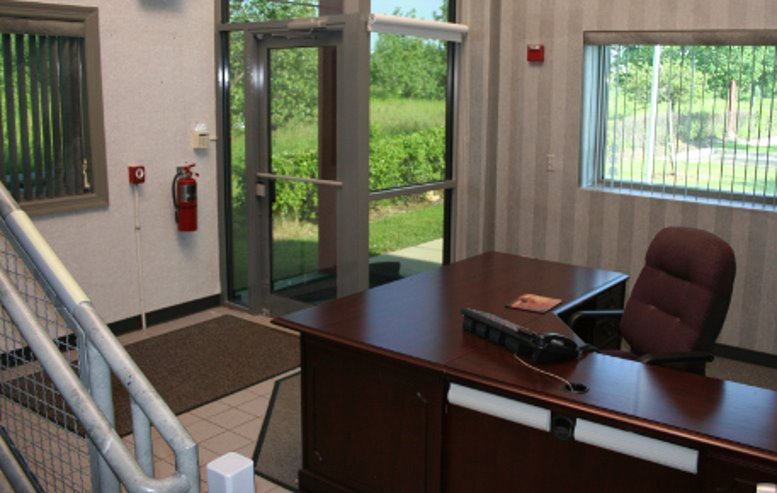 Office for Rent on Huntley Gateway Commons Office Park, 11966 Oak Creek Pkwy Chicago