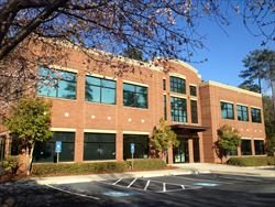 2002 Commerce Drive N available for companies in Peachtree City