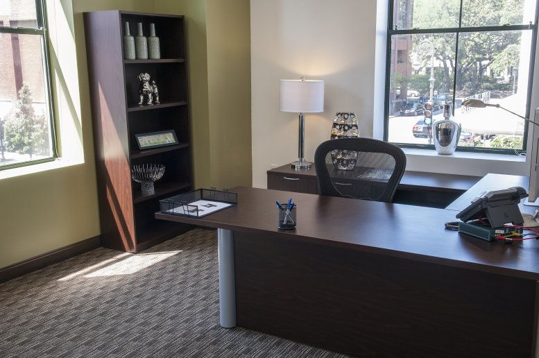 100 Bull Street, Suite 200 Office Images