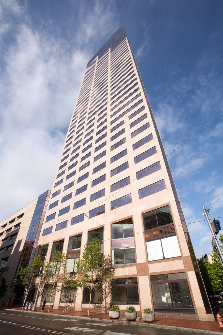 US Bancorp Tower available for companies in Portland