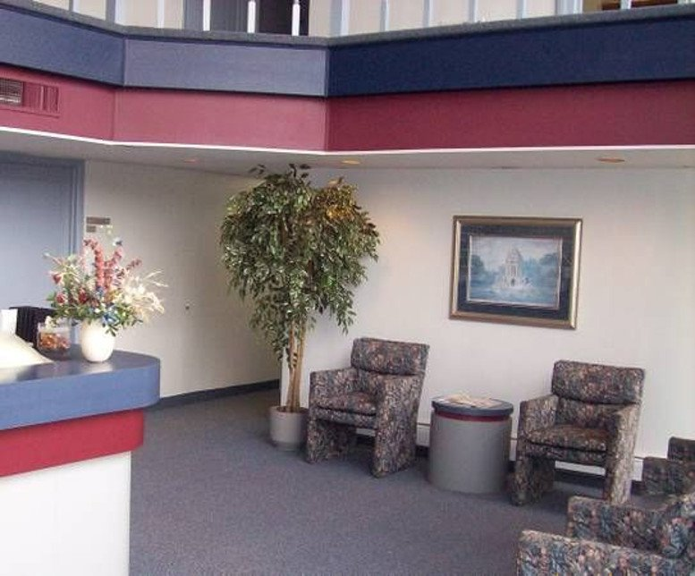 Photo of Office Space on 32401 W. 8 Mile Road Livonia