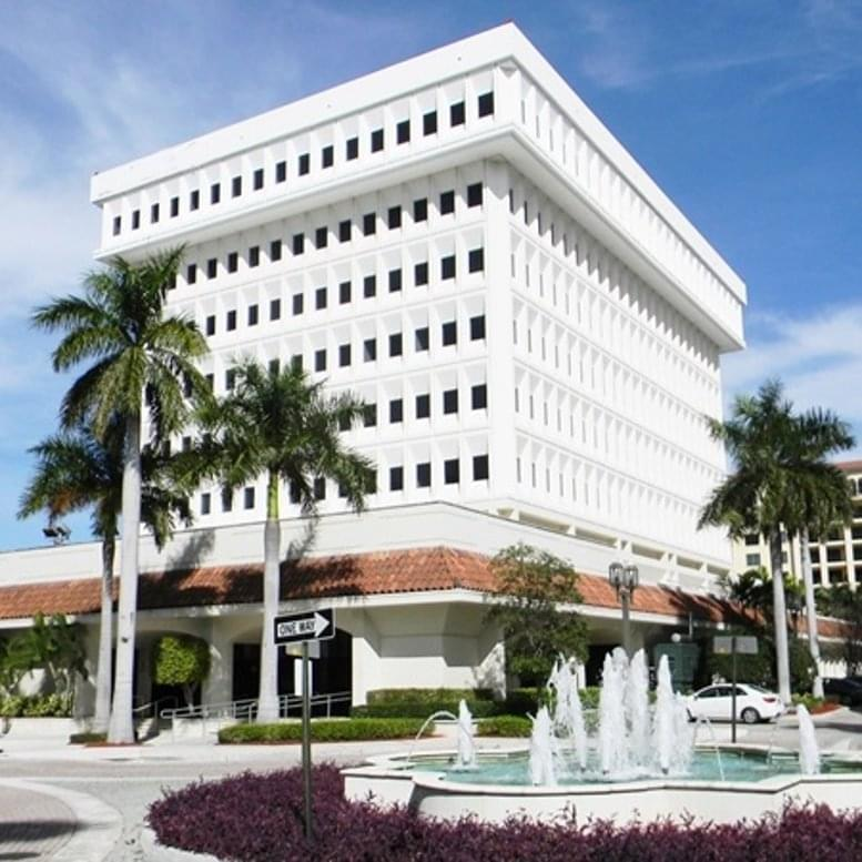 Bank of America Tower available for companies in Boca Raton