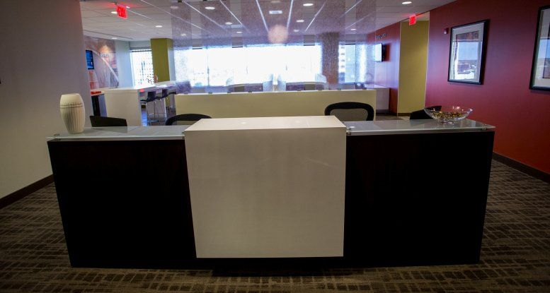 Photo of Office Space on SunTrust Plaza, 919 E Main St, 10th Fl, Central Office, Downtown Richmond