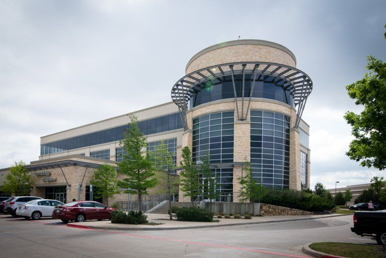 610 Uptown Blvd, 2nd Fl, Cedar Hill Office Space - Dallas