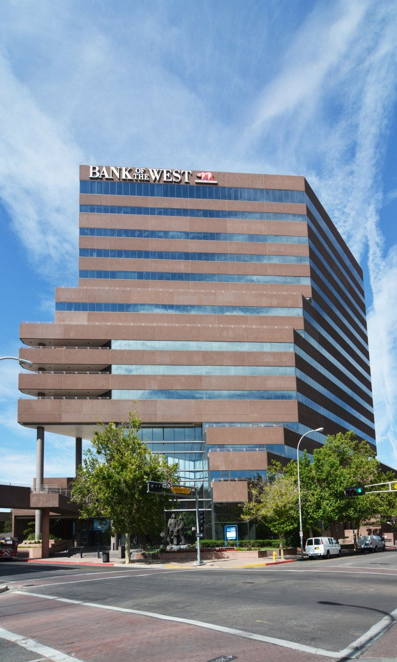 Bank of The West Tower available for companies in Albuquerque