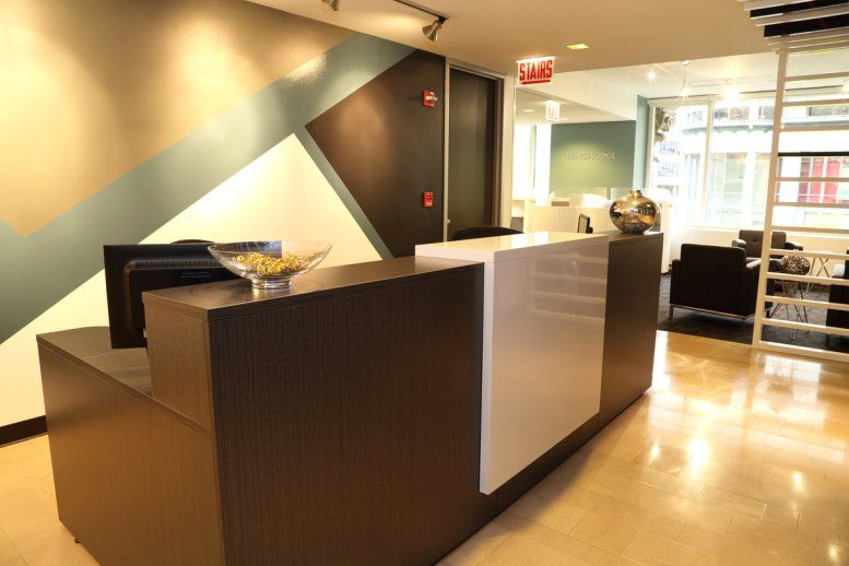 Photo of Office Space on 605 N Michigan Ave, Magnificent Mile, Near North Side Chicago