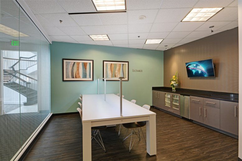 Skyline Tower, 10900 NE 4th St Office Space - Bellevue
